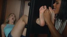 Ticklish feet by Malena